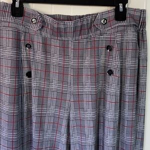 Robert Louis long wide legged pants in size L